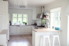 So much space! Must have a big kitchen! We cook too much for a small one