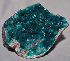Natural+Crystals+and+Minerals | ... green Dioptase gem crystals over a natural rocky Quartz matrix