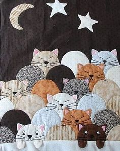 Cat quilt, class photo posted by Smaranda Bourgery, Beauce-Arts Textiles (France) Patchwork de chats Crazy Quilting, Patchwork Quilting, Applique Quilts, Patchwork Jeans, Mini Quilts, Baby Quilts, Children's Quilts, Star Quilts, Quilting Projects