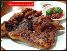 aw aw ayam bakar taliwang bersaudara   check it out at http://smartdetoxway.blogspot.com