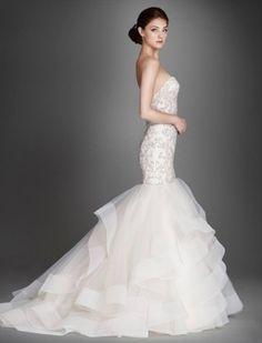 lazaro-wedding-dress-2015-19-06252015nz