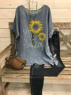Summer Casual Retro Small Daisy Printed Short Sleeve Big Round Neck L – lokeeda Fashion Now, Fashion Fall, Womens Fashion, Plus Size T Shirts, Casual Tops For Women, Loose Tops, Trends, Brown And Grey, Gray