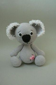 Koala Bear crochet pattern / how can you not love this little critter - sooo cute! / intermediate / CORCHET pattern