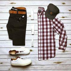 #goodmorning What's in your UrbaneBox this month? https://urbanebox.com #fallstyle #urbane #winter #winterfashion #mensstyle #lookyourbest #dappergentleman #dapper #fashionista #fashion #dresstoimpress #style #gentlemen #gents #winterfashion #stylists #urbanebox #fashionformen #clothes #menclothes #menswear #menwithstyle #mensstyle #men #man #gifts #giftformen #happyfriday