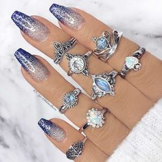 21 Fab Winter Nail-Designs die Trendy Sein in My Winter Nails Coffin . Ombre Nail Designs, Winter Nail Designs, Nail Art Designs, Acrylic Nail Designs Glitter, Chrome Nails Designs, Winter Nails, Spring Nails, Summer Nails, Bright Summer Acrylic Nails