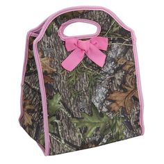 Mossy Oak lunch tote.