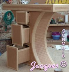 Diy Cardboard Furniture, Cardboard Design, Cardboard Crafts, Funky Furniture, Bed Furniture, Furniture Projects, Furniture Design, Wood Projects, Awesome Woodworking Ideas