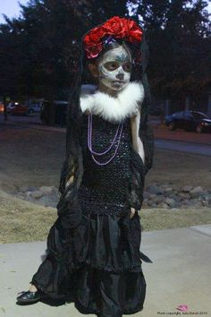 DIY Halloween Kid Costumes - La Muerta. Click to see this tutorial as well as two others!
