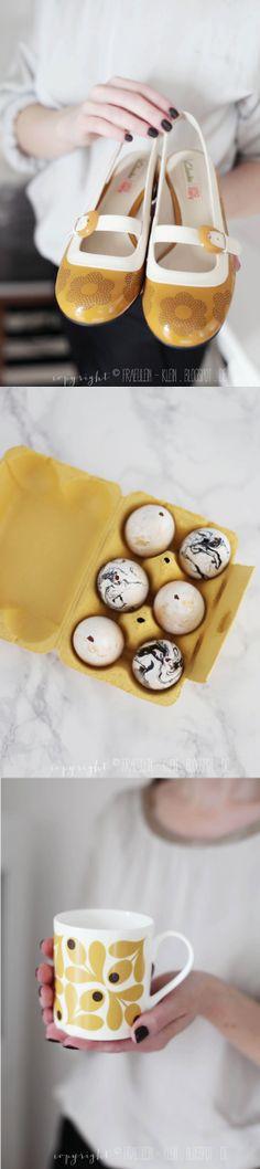 Yvonne zeigt Ihre gelben Orla Milly Pumps zusammen mit farblich passend marmorierten Eiern und einer Orla Kiely Tasse: http://fraeulein-klein.blogspot.de/2014/03/orla-kiely-fur-clarks-marmorierte.html