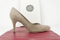 #zapatos #ante #piel #suede #shoes #tacones #heels #hechosamano #artesanal #fashion #onlineshopping COMPRAR//ONLINE: http://www.jorgelarranaga.com/es/home/482-499.html