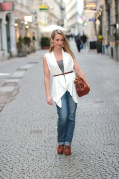 Discover fashionfreax, your fashion community. Awesome Style that combines - Vests: oversized vest with collectedby. Forever 21 Shoes, Prada, Normcore, Vest, Chic, Casual, Forever21, Fashion Trends, Outfits