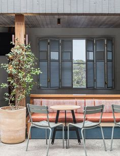 SJB Interiors and Tess Regan have not only restored Buena Vista Hotel in Mosman to it's former glory, but they've taken the design to a whole new level.