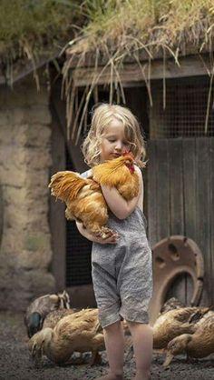 boy chickens barn off grid life Animals For Kids, Farm Animals, Animals And Pets, Cute Animals, Country Life, Country Girls, Country Living, Cute Kids, Cute Babies