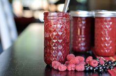 How to make honey sweetened jam