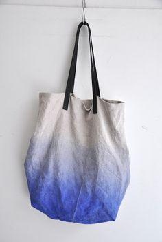 Простая сумка с градиентом. / Сумки, клатчи, чемоданы / Своими руками - выкройки, переделка одежды, декор интерьера своими руками - от ВТОРАЯ УЛИЦА