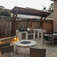 Outdoor Grill Area, Outdoor Grill Station, Outdoor Kitchen Plans, Backyard Kitchen, Outdoor Kitchen Design, Patio Grill, Outdoor Grilling, Bbq Area, Outdoor Fire
