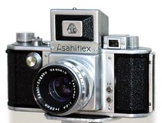 Asahiflex — the first Single-lens reflex camera camera made in Japan