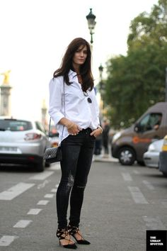 STREET STYLE INSPIRATION WHITE SHIRT BLACK SKINNY JEANS 2 WAYS HEDVIG OPSHAUG THE NORTHERN LIGHT PERSONAL STYLE BLOG QUILTED CHANEL BAG SKIN...