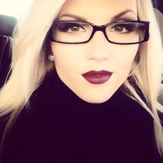 Cute glasses and pretty makeup
