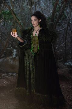"""Mary in """"Salem"""" Witch Costumes, Halloween Costumes, Salem Series, Tv Series, Mary Sibley, Salem Tv Show, The Good Witch, Emerald Color, Beautiful Costumes"""