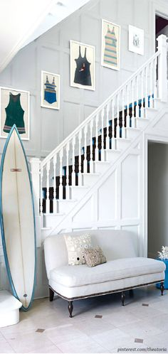 House In The Hamptons ● Entryway - Vintage and antique beach and coastal home decor finds at Ruby Lane. www.rubylane.com #rubylane @rubylanecom #shabbychic