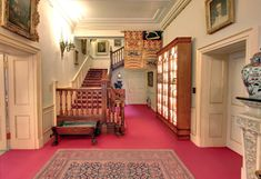 Inside Clarence House: Prince Charles' Home - Entrance Hall and Staircase English Country Decor, Hall Interior, Clarence House, Royal Residence, House Entrance, Entrance Hall, Grand Staircase, Prince Charles, Houses