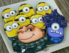 Despicable me! Minion cookies for Noah's B-day. Cookies For Kids, Sweet Cookies, Iced Cookies, Cute Cookies, Cookies Et Biscuits, Cupcake Cookies, Cupcakes, Sugar Cookies, Gru And Minions