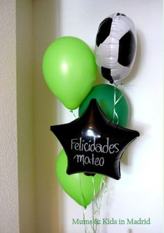 ideas de fiestas tematicas de futbol bodegas ilusion Soccer Birthday Parties, Soccer Party, Sports Party, Superhero Party, Dad Birthday, Grad Parties, Soccer Banquet, Fiesta Party, Party Planning