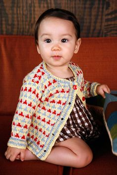 Free Berroco pattern - Speckle Cardigan. An easy multicolor baby cardigan, Speckle is knit using slipped stitches, which means only one color is used in each row. No carrying colors!