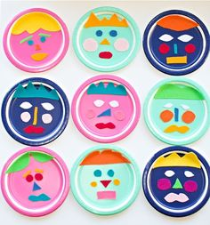 Mix and match felt paper plate faces (via hello, wonderful) teach kids how to communicate their emotions with this fun paper plate faces activity. Paper Plate Crafts, Paper Plates, Art For Kids, Crafts For Kids, Arts And Crafts, Art Activities, Toddler Activities, School Art Projects, School Ideas