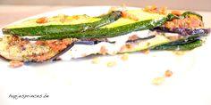 Deze tian van mozzarella, courgette, aubergine en tomaat is een gezond recept van Pascale Naessens uit haar laatste kookboek Puur Eten.