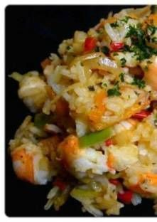 Thai rice stir-fried with shrimps and spices - Plat - Asian Recipes Easy Soup Recipes, Spicy Recipes, Lunch Recipes, Asian Recipes, Cooking Recipes, Chicken Recipes, Famous Recipe, My Best Recipe, Shrimp Risotto