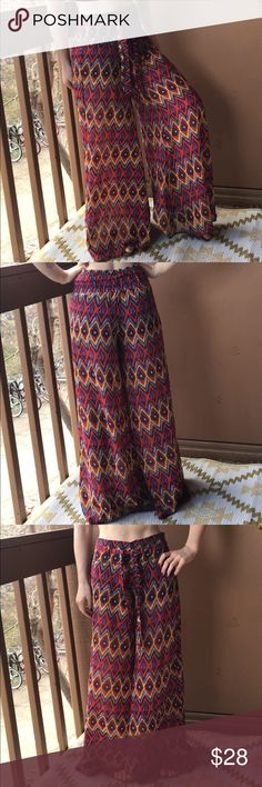 Tribal Print Wide Leg flowy Palazzo Pant small SO light and perfect for spring/summer! Super flowy and cute fit. Fitted paper bag waist, flared through leg. Short lining for coverage underneath. I have gotten so many compliments every time I have worn these! Junior brand, size small (TTS). Excellent condition, no flaws. Urban Outfitters Pants Wide Leg
