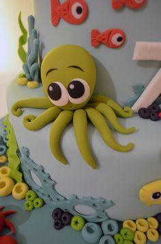 Fondant Octopus for under the sea theme Fondant Toppers, Fondant Cakes, Cupcake Cakes, Fondant Fish, Dory Cake, Nemo Cake, Ocean Cakes, Beach Cakes, Decors Pate A Sucre