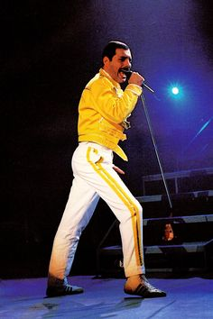 Website dedicated to one of the greatest and most influential artists of all time – Freddie Mercury Queen Freddie Mercury, John Deacon, Brian May, Queen Lead Singer, Elevator Music, Queen Ii, Roger Taylor, Queen Band, Vintage Music
