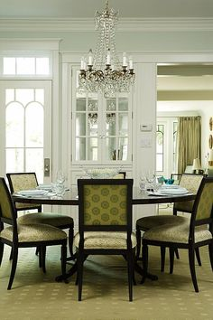 Sarah Richardson Design inc season 2 Annabelles living room - big round dinning table