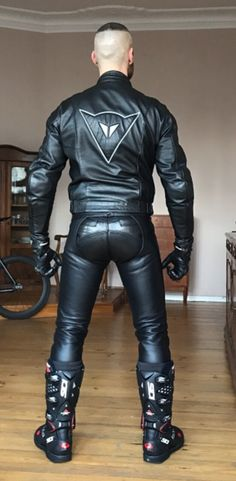 leather jeans bulges fetish