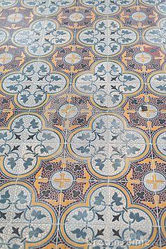 Peranakan tile in cool shades Tile Design, Pattern Design, Unique Tile, Encaustic Tile, Chinese Culture, Tile Patterns, Mosaic Tiles, Design Elements, Design Inspiration