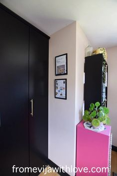 Amazing craft room makeover - soft stone (pink) dulux paint on the walls with black accents and upcycled furniture. Craft room on a budget with lots of storage. Dark Interiors, Beautiful Interiors, Upcycled Furniture, Furniture Projects, Dulux Paint, Wardrobe Handles, Black Shelves, Office Designs, Wallpaper Samples