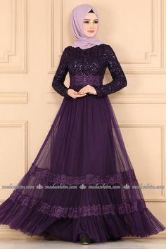 Modaselvim Yeni Ürünler - Tesettür İstanbul Sayfa 57 Fashion Now, Fashion Wear, Hijab Fashion, Fashion Dresses, Muslim Long Dress, Muslim Wedding Dresses, Hijab Wear, Hijab Dress, Modest Maxi Dress