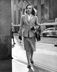 Nina Leen, 1945.