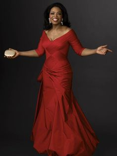 The queen herself, Oprah Winfrey - awesome red dress Oprah Winfrey, Black Celebrities, Celebs, Beautiful Black Women, Celebrity Style, Celebrity Diets, Celebrity Dresses, Lady In Red, Evening Gowns