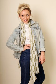 Women's Kitty Cat Fine Wool Fashion Scarf / Shawl / Wrap (Green) // Trendy Fashion Scarves. Unique Holiday Gifts Ideas for Her. Cute Pretty Scarves. Winter Scarves.