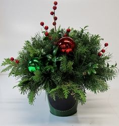 New Christmas Items for 2014 Christmas Items, Christmas Wreaths, Christmas Arrangements, Greenery, Holiday Decor, Crafts, Home Decor, Ideas, Manualidades