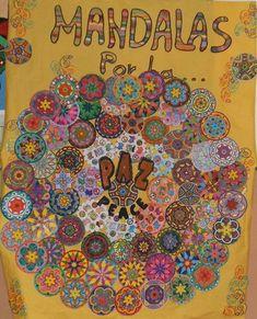 Día Escolar de la Paz y la No Violencia - Imagenes Educativas 2017 за 30 января. Школьный день мира и ненасилия Art For Kids, Crafts For Kids, Arts And Crafts, Art Crafts, Classroom Displays, Classroom Decor, Mandalas For Kids, Peace Crafts, Owl Door