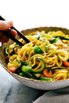 20-minute chow mein noodles with spiralized zucchini. An easy, healthier, and delicious take on your typical chow mein. Lately thetoddler has been obsessed withpicking out his own clothes for the day. He picks out his shirt, pants, socks, shoes, and lately has been throwing in a thick/wooly winter hat to the mix. ? After he's...