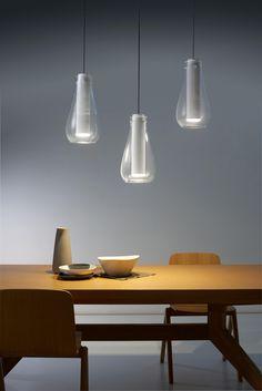 Die Designerin Gemma Bernal hat diese vielseitige Leuchte exklusiv für GROK by LEDS C4 entworfen. Bei der Gestaltung hat Bernal die Eigenschaften des..