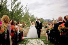 Park City, Utah Resort Wedding | Two Bright Lights :: Blog flowers by artisan bloom, photo by Logan Walker