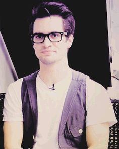 brendon urie gif | brendon urie gif