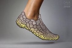 We believe footwear will be crafted with our individual anatomy and biomechanics as the foundation. The DNA concept leverages rapid manufacturing to create a shoe built not only to your foot contours, but also to how you move. By pairing data acquisitio… 3d Fashion, Fashion Shoes, Fashion Design, Impression 3d, Maquillage Phosphorescent, Dna 3d, Image Mode, Wearable Technology, Wearable Device